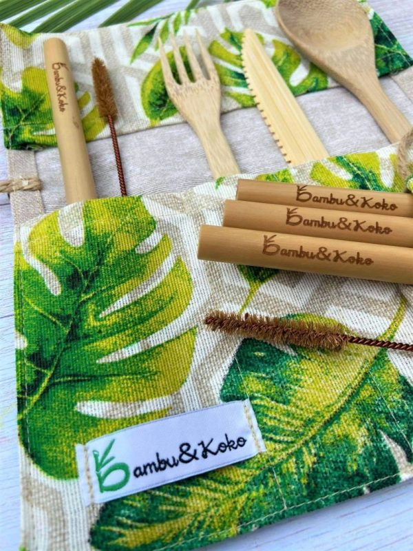 Bambusové slamky a príbor