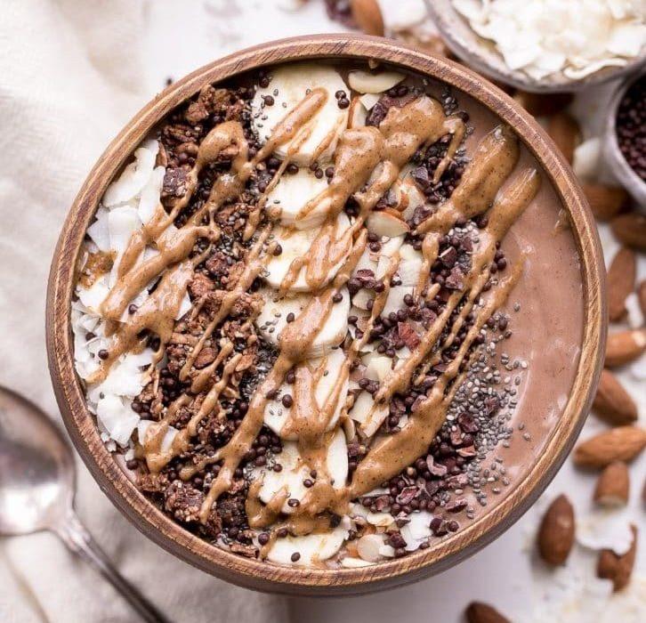 kokosová miska so smoothie receptom