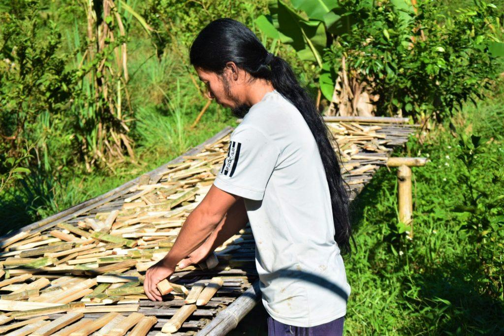 Bambusová farma a vietnamský farmár